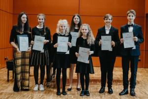 Preisverleihung für die Teilnehmenden der Kategorie Vokal-Ensemble, Altersgruppen II und III, Foto: Stephan Presser
